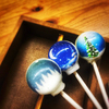 幻想的な雪景色がギュッ!惑星キャンディで人気のヴィンテージ・コンフェクション新作『スノードームキャンディ』がヴィレヴァンオンラインで発売開始
