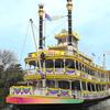 「乗船証明書」やミッキーマウスの記念スタンプも!東京ディズニーリゾート®35周年を祝う華やかなデコレーションをまとった「蒸気船マークトウェイン号」で特別な体験を♡