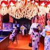 黄色・茶・青など変わった色の金魚が舞泳ぐ「金魚いろくらべ」の特別展示も♪ すみだ水族館、夏の風物詩「東京金魚ワンダーランド2018」開催!