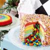 ケーキをカットすると中からM&M'Sチョコが!レインボーカラー・カメ・顔つきパイナップルケーキなどユニークなデザート40種類も ヒルトン東京ベイ『Hawaiian Diner(ハワイアン・ダイナー)』
