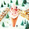 雪のようなホワイトチョコ×ベリーのピンク色でホリデーカラーに♡ 『ジングルベリーソフト』『ジングルベリーザク』クロッカンシュー ザクザクからクリスマス限定で登場!!