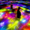 超巨大な作品空間に身体ごと没入♪ チームラボ プラネッツ『人と共に踊る鯉によって描かれる水面のドローイング - Infinity』が春の装いになって限定公開!!