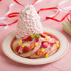 春らしいピンク色の桜ホイップがたっぷり♡ Eggs 'n Thingsに『いちごと桜ホイップのパンケーキ』が登場!