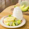 アンデスメロン&濃厚カスタードクリームをたっぷり盛り付け♡ Eggs 'n Thingsに『アンデスメロンとはちみつのパンケーキ』登場!