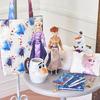 アナとエルサが最新作の衣装でお目見え♡ 映画『アナと雪の女王2』関連アイテムがディズニーストアから発売!
