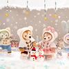 ダッフィー&フレンズが耳までフードを被ったり、雪だるまを抱えたり♪ 東京ディズニーシー®に冬のスペシャルグッズ&メニューが登場!!