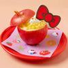 ハローキティが大好きな「りんご」をまるごと1個使ったスイーツも♪ 誕生45周年をお祝いする期間限定コラボカフェが大阪・梅田にオープン!!