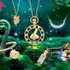 白うさぎの持つ時計やビスケットがモチーフ♡『ふしぎの国のアリス』新作ジュエリーがケイ・ウノから新登場!