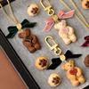 """リアルな質感の""""テディベア メープルクッキー""""も♪『Q-pot. 2020 CHRISTMAS COLLECTION ~Mad Sweets Christmas~』発売!"""