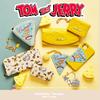穴あきチーズをイメージした、遊び心の詰まったデザインも♪ サマンサタバサプチチョイスから『トムとジェリー』コレクションが初登場!
