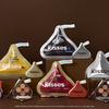とろけるような濃厚ブラウン&芳醇なカカオの香り♡ ETUDE × HERSHEY'S KISSES『キスチョコレートコレクション』数量限定で発売!