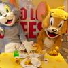 """『トムとジェリー』カフェが東京、名古屋、大阪、沖縄にて開催!! ジェリーの好物""""チーズ""""をテーマにしたポップで楽しいコラボカフェ☆<レポ>"""