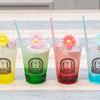 カラフル&レトロ可愛い「クリームソーダ」が「ROLL ICE CREAM FACTORY」に登場!マーブル模様のラムネアイスにお花のウェハースをON♪