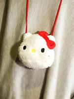 キティちゃんポシェットの画像