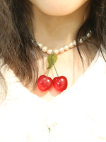 cherry for girl necklaceの画像